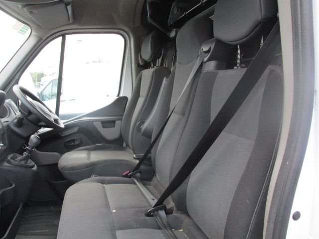 2015 Renault Master III FWD LM35 DCI 125 Business 3DR (152D19500) Image 9