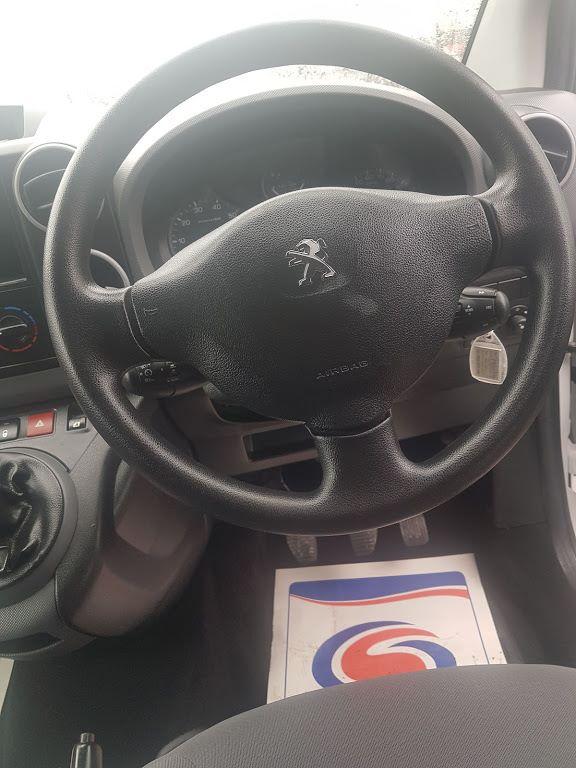 2015 Peugeot Partner HDI SE L1 850 (152D19641) Image 4