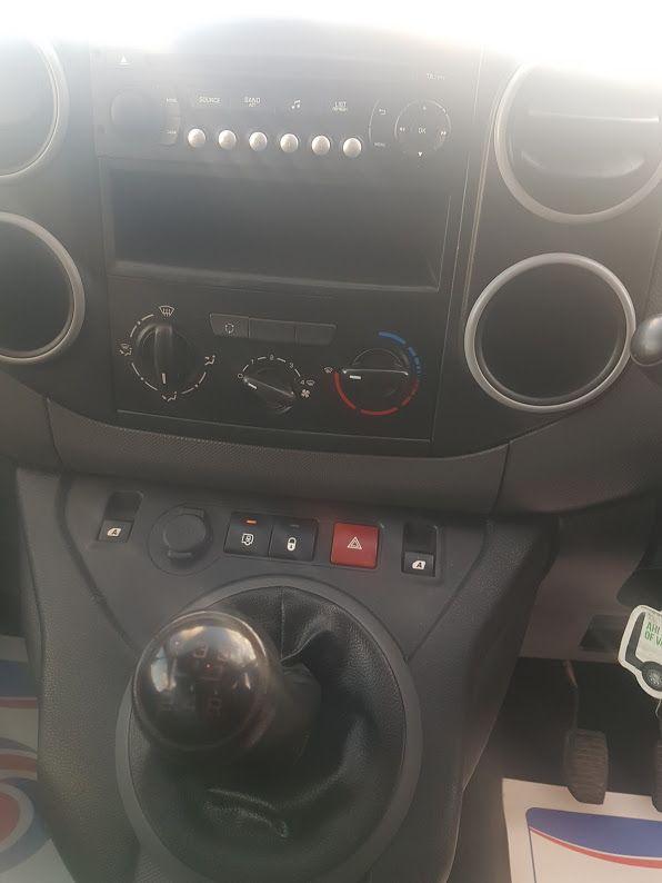 2015 Peugeot Partner HDI S L1 850 (152D19652) Image 5