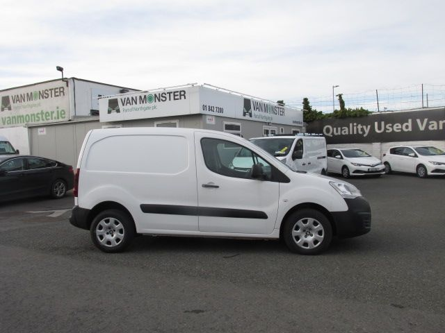 2015 Renault Master III FWD LM35 DCI 125 Business 3DR (152D19653) Image 2