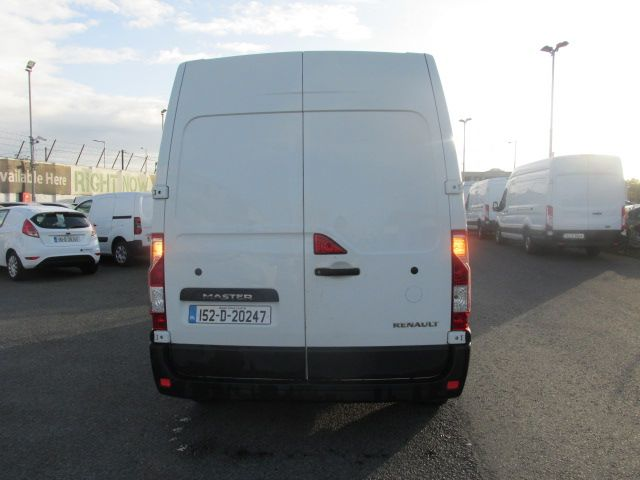 2015 Renault Master III FWD *SALE PRICE* (152D20247) Thumbnail 4