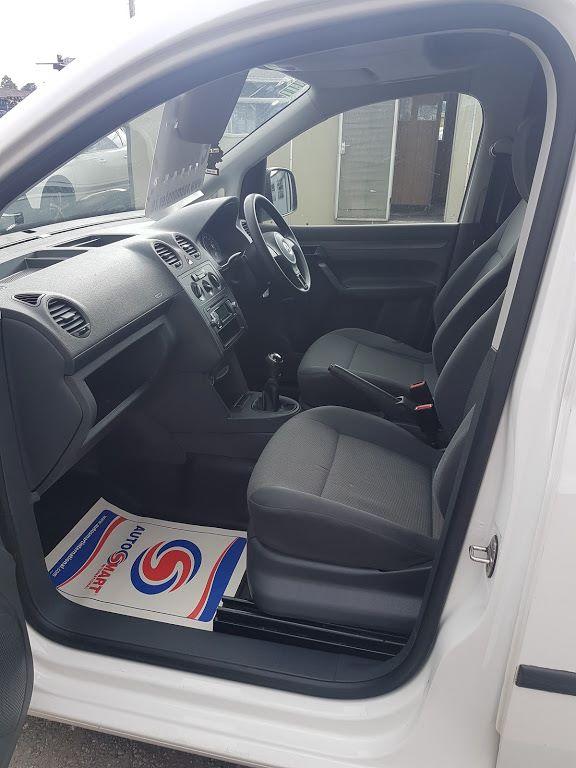 2015 Volkswagen Caddy C20 TDI STARTLINE (152D20929) Image 16