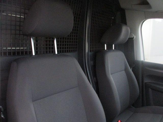 2015 Volkswagen Caddy C20 TDI STARTLINE (152D20930) Image 12