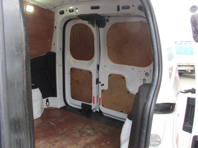 2015 Ford Transit Courier VAN Base 75PS 3DR (152D21016) Image 9