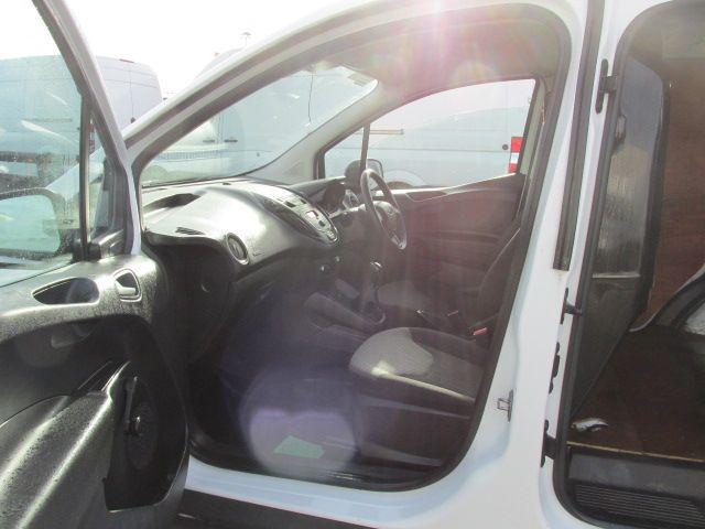 2015 Ford Transit Courier VAN BASE 75PS 3DR (152D21017) Image 11