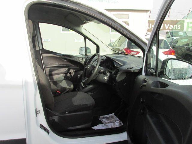 2015 Ford Transit Courier VAN BASE 75PS 3DR (152D21017) Image 13