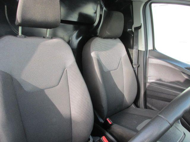 2015 Ford Transit Courier VAN BASE 75PS 3DR (152D21017) Image 14