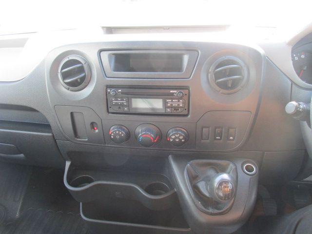 2015 Renault Master III RWD LML35 DCI 165 Energy Busin (152D21410) Image 13