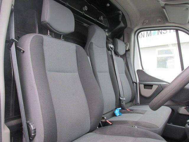 2015 Renault Master III RWD LML35 DCI 135 Energy Busin (152D21415) Image 14