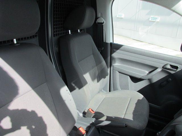 2015 Volkswagen Caddy C20 TDI STARTLINE (152D21445) Image 11
