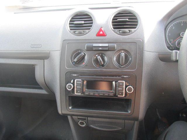 2015 Volkswagen Caddy C20 TDI STARTLINE (152D21445) Image 14