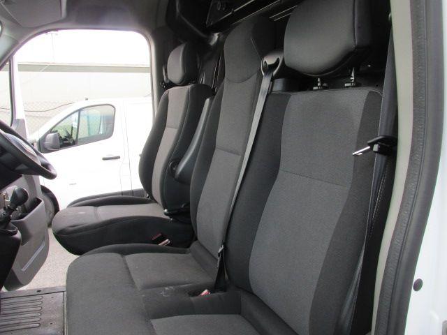 2015 Renault Master III RWD LML35 DCI 135 Energy Busin (152D21641) Image 9