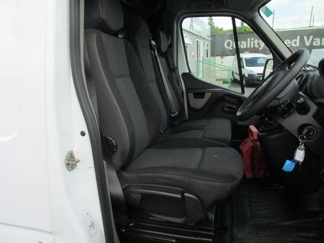 2015 Renault Master III RWD LML35 DCI 135 Energy Busin (152D21641) Image 10