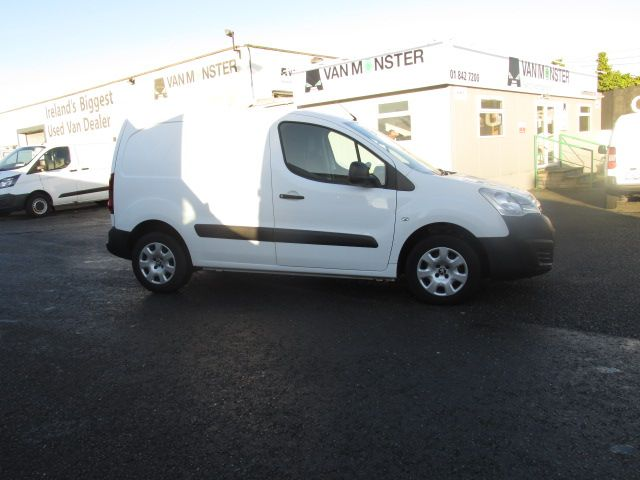 2015 Peugeot Partner Access 1.6 HDI 92 3DR - ONLY 5000 MILES - FULL SERVICE HISTORY - (152D22179) Image 2