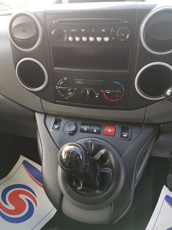 2015 Peugeot Partner HDI S L1 850 (152D22511) Image 3