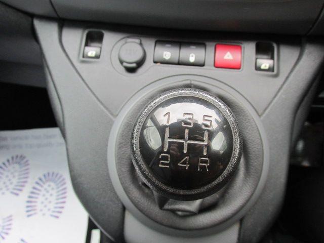 2015 Peugeot Partner HDI S L1 850 (152D22548) Image 12