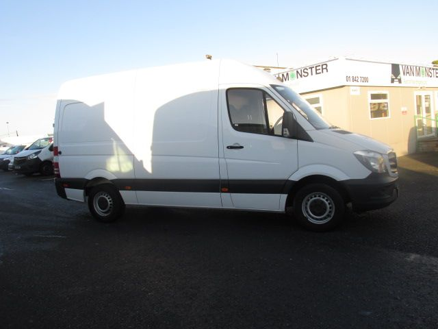 2015 Mercedes Sprinter 313 CDI MWB  H/ROOF - OVER A 100 VANS TO CHOOSE FROM IN VM SANTRY - (152D22555) Image 2