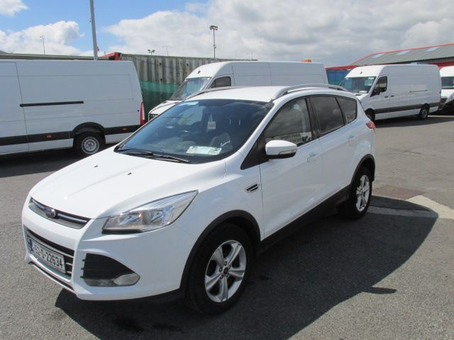 2015 Ford Kuga Commercial Zetec 2-seat 2.0 120PS FWD 4DR (152D22634) Image 7