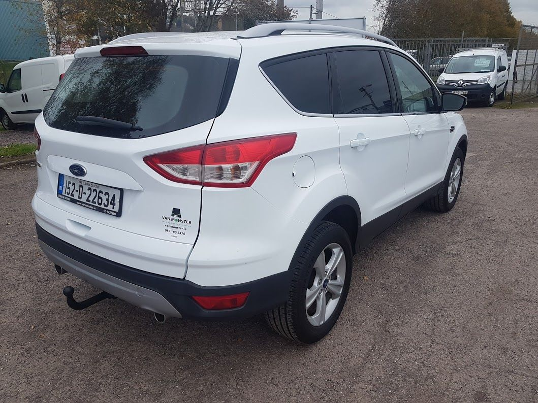 2015 Ford Kuga Commercial Zetec 2-seat 2.0 120PS FWD 4DR (152D22634) Image 10