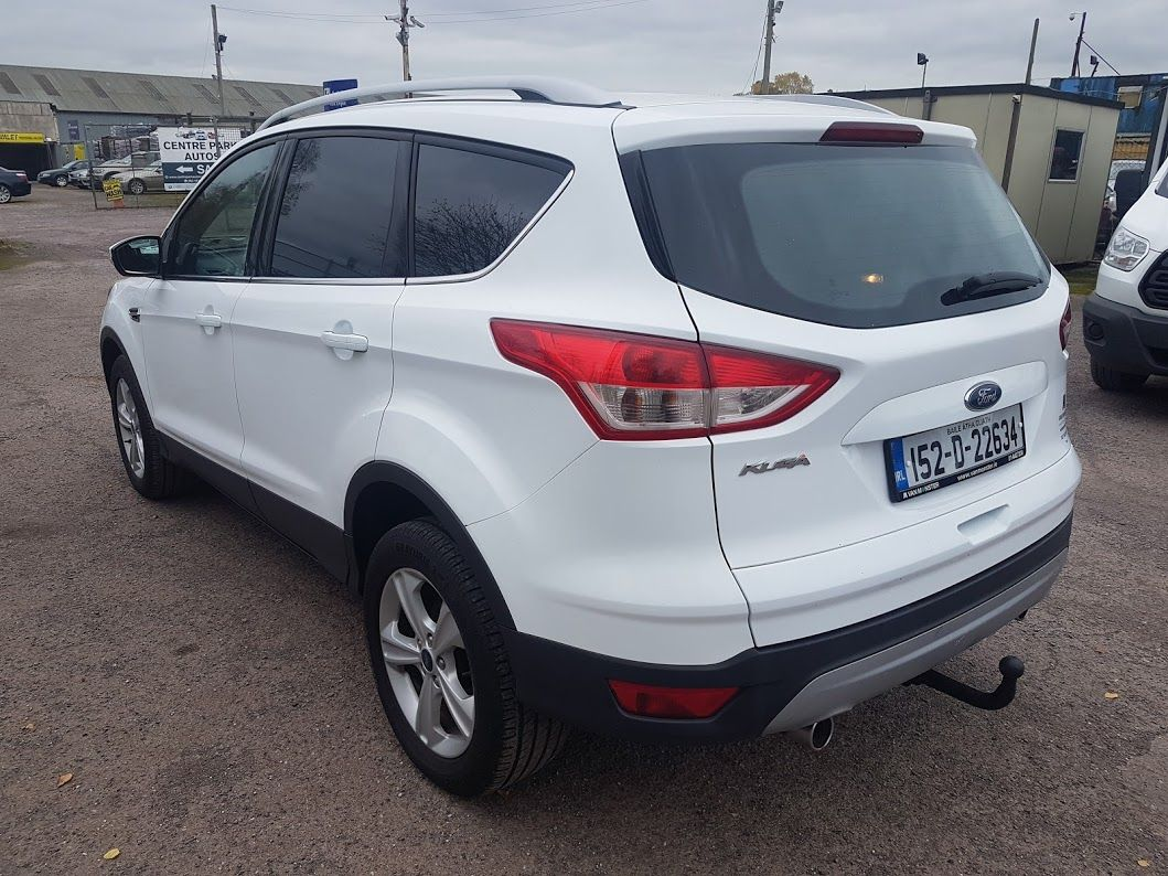 2015 Ford Kuga Commercial Zetec 2-seat 2.0 120PS FWD 4DR (152D22634) Image 13