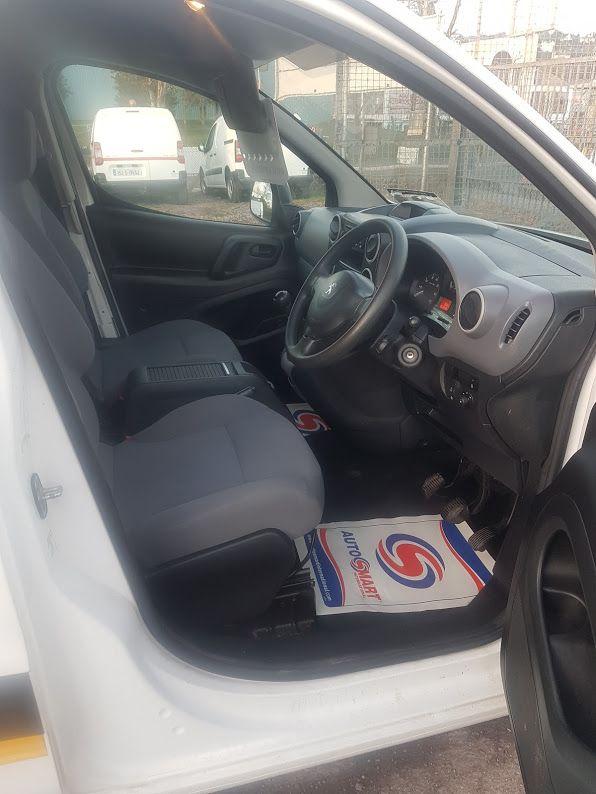 2015 Peugeot Partner HDI S L1 850 (152D22840) Image 8
