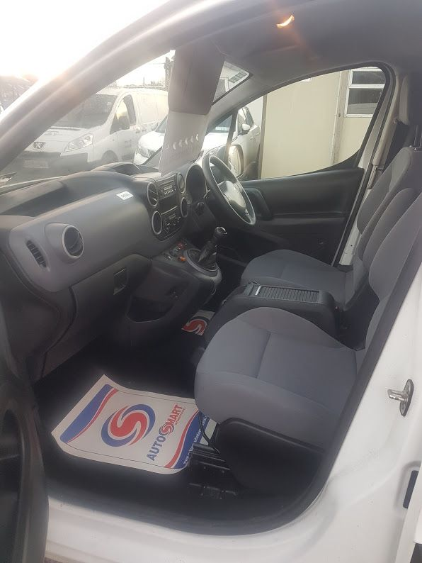 2015 Peugeot Partner HDI S L1 850 (152D22840) Image 16