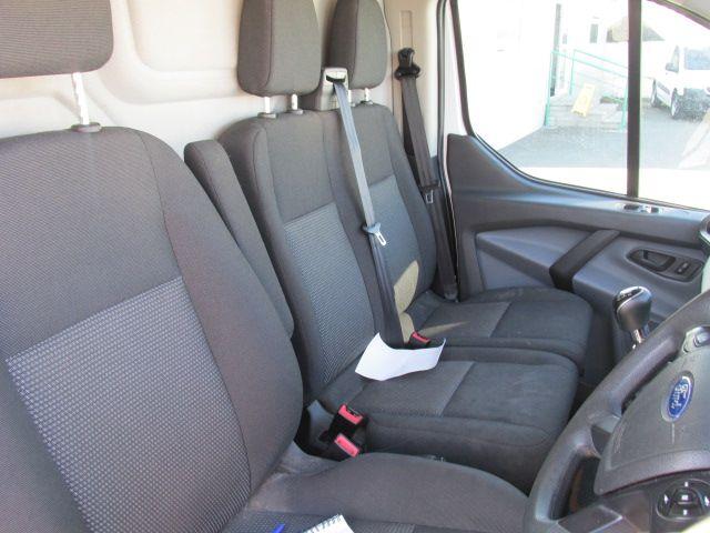 2015 Ford Transit Custom 290 LR P/V (152D22876) Image 9