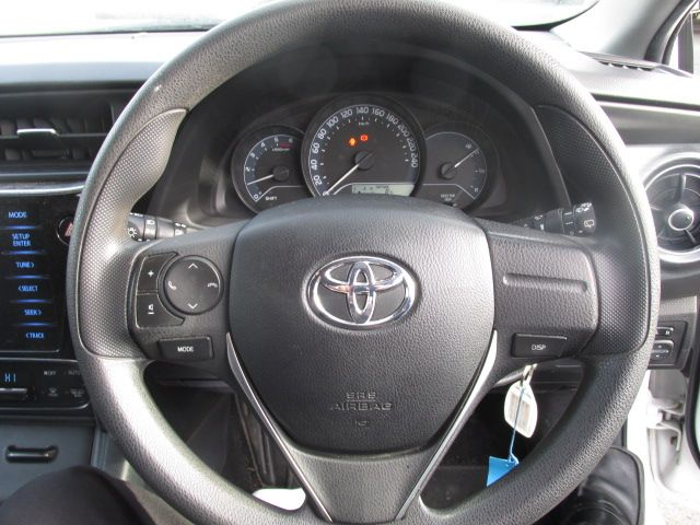 2015 Toyota Auris 1.4d-4d Terra 4DR (152D22950) Image 13