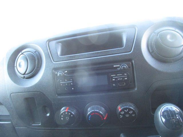 2015 Vauxhall Movano R3500 L3H3 P/V CDTI (152D22993) Image 14