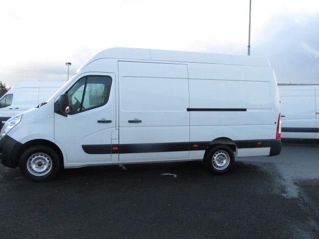2015 Vauxhall Movano R3500 L3H3 P/V CDTI (152D22993) Image 7