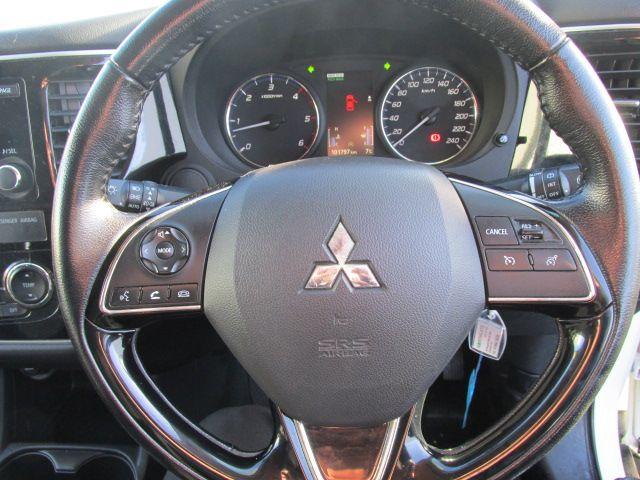 2015 Mitsubishi Outlander OUTLANDER 4WD 6MT N1 16MY 4DR (152D23097) Image 15