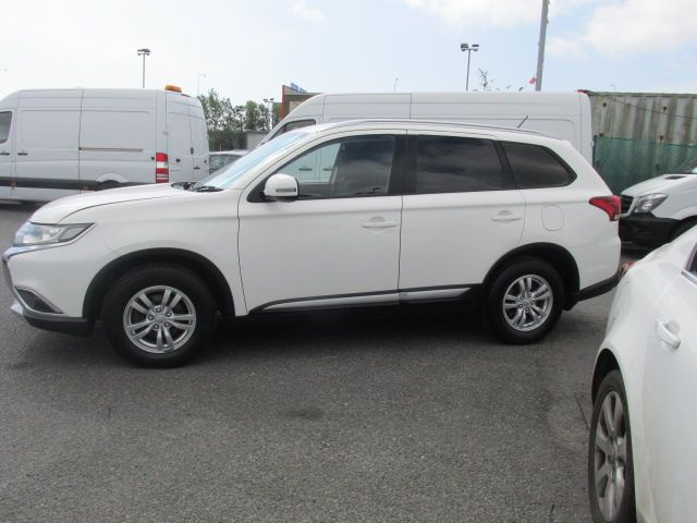 2015 Mitsubishi Outlander 4WD 6MT N1 16MY 4DR  - Selection from € 9950 - Hurry while stocks last -  (152D23102) Image 7