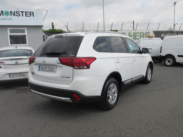 2015 Mitsubishi Outlander 4WD 6MT N1 16MY 4DR  - Selection from € 9950 - Hurry while stocks last -  (152D23102) Image 4