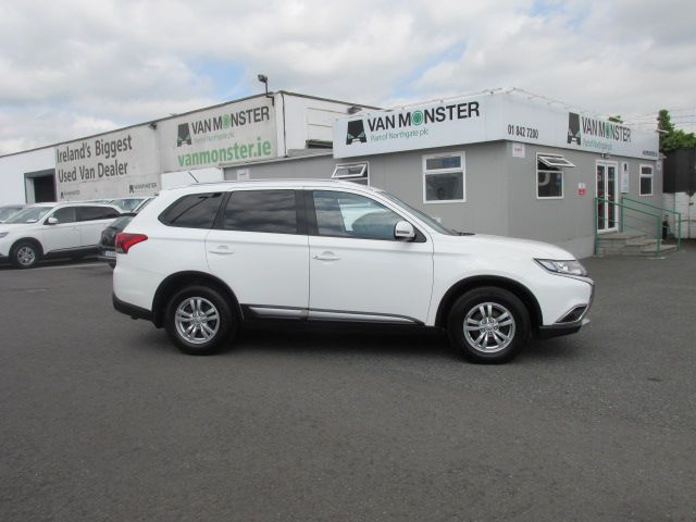 2015 Mitsubishi Outlander 4WD 6MT N1 16MY 4DR  - Selection from € 9950 - Hurry while stocks last -  (152D23102) Image 3
