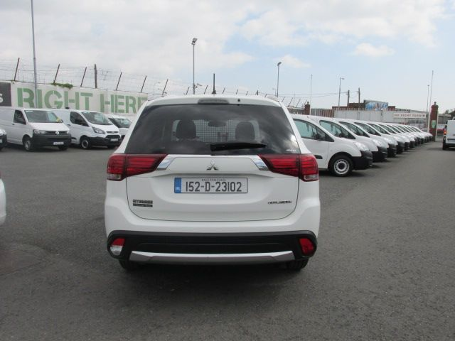 2015 Mitsubishi Outlander 4WD 6MT N1 16MY 4DR  - Selection from € 9950 - Hurry while stocks last -  (152D23102) Image 5