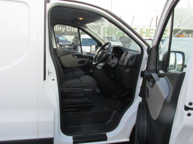 2015 Renault Trafic LL29 DCI 115 Business Panel VA (152D23156) Image 10