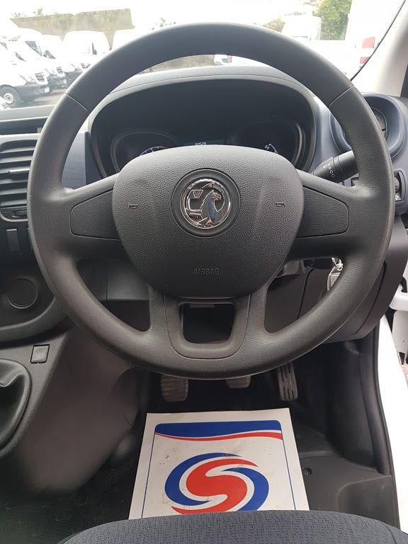 2015 Vauxhall Vivaro 2900 L2H1 CDTI P/V (152D23231) Image 4