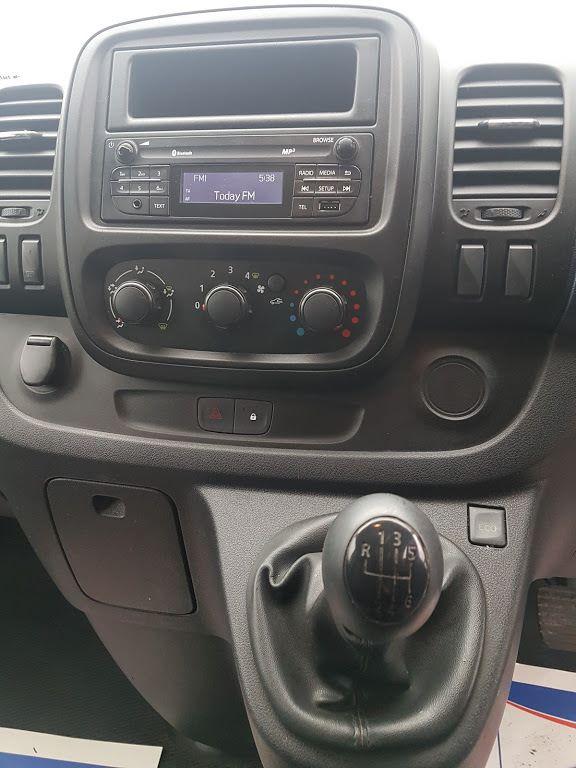 2015 Vauxhall Vivaro 2900 L2H1 CDTI P/V (152D23231) Image 3
