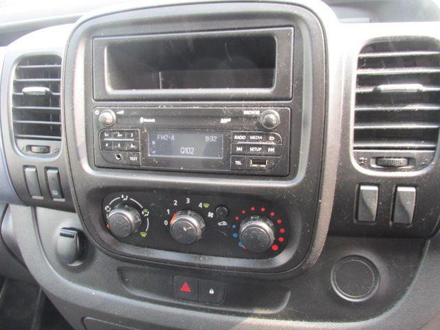 2015 Vauxhall Vivaro 2900 L2H1 CDTI P/V (152D23234) Image 13