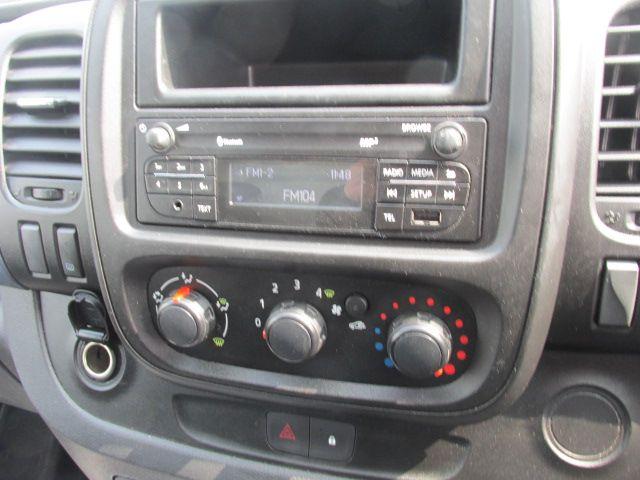 2015 Vauxhall Vivaro 2900 L2H1 CDTI P/V (152D23237) Image 14