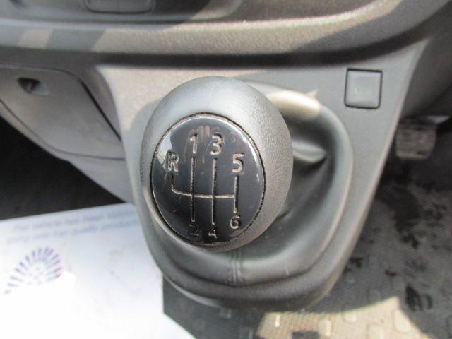 2015 Vauxhall Vivaro 2900 L2H1 CDTI P/V (152D23237) Image 15
