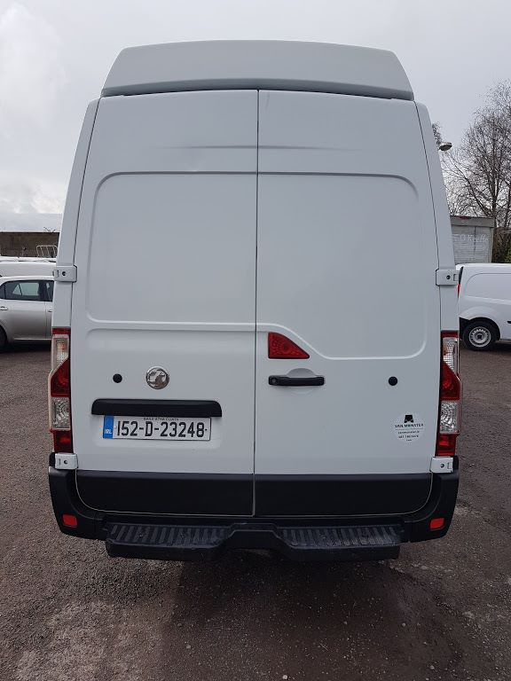 2015 Vauxhall Movano R3500 L4H3 P/V CDTI DRW (152D23248) Image 9