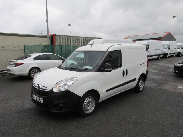 2015 Vauxhall Combo 2000 L1H1 CDTI (152D23460) Image 3