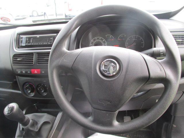 2015 Vauxhall Combo 2000 L1H1 CDTI (152D23461) Image 13