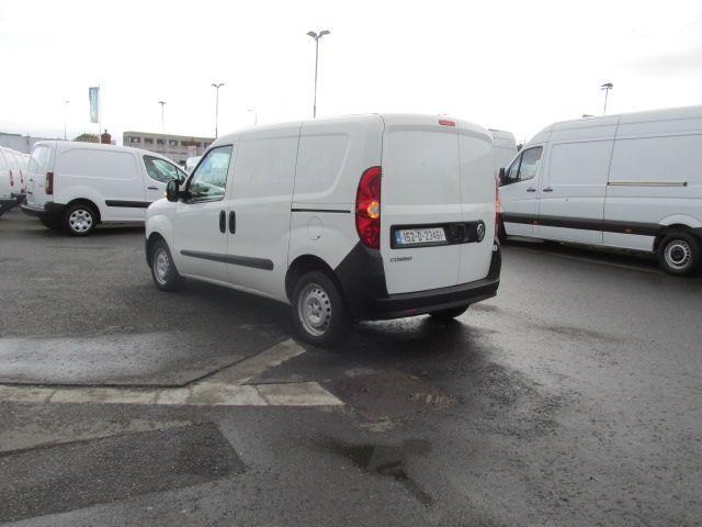 2015 Vauxhall Combo 2000 L1H1 CDTI (152D23461) Image 5