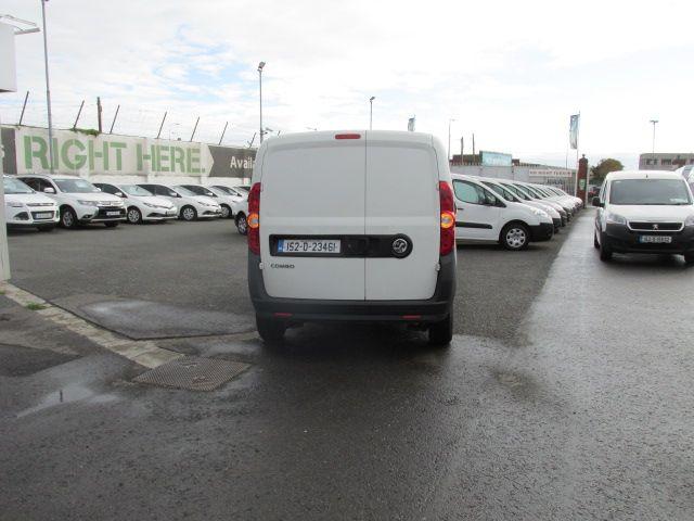 2015 Vauxhall Combo 2000 L1H1 CDTI (152D23461) Image 4
