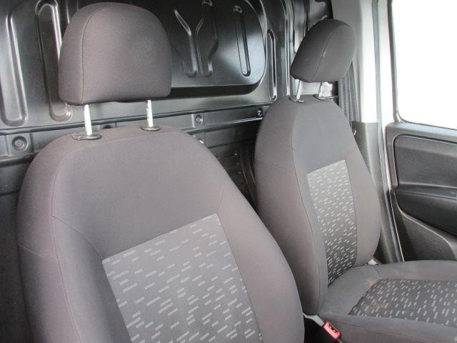 2015 Vauxhall Combo 2000 L1H1 CDTI (152D23461) Image 12