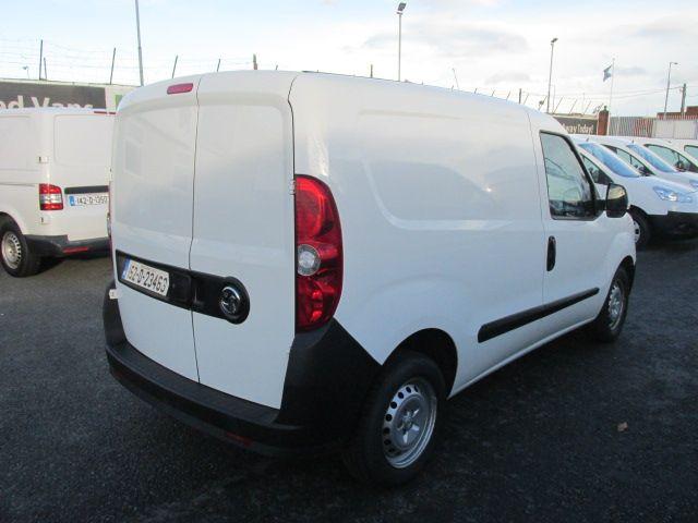 2015 Vauxhall Combo 2000 L1H1 CDTI (152D23463) Image 10