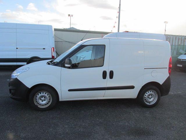 2015 Vauxhall Combo 2000 L1H1 CDTI (152D23463) Image 4