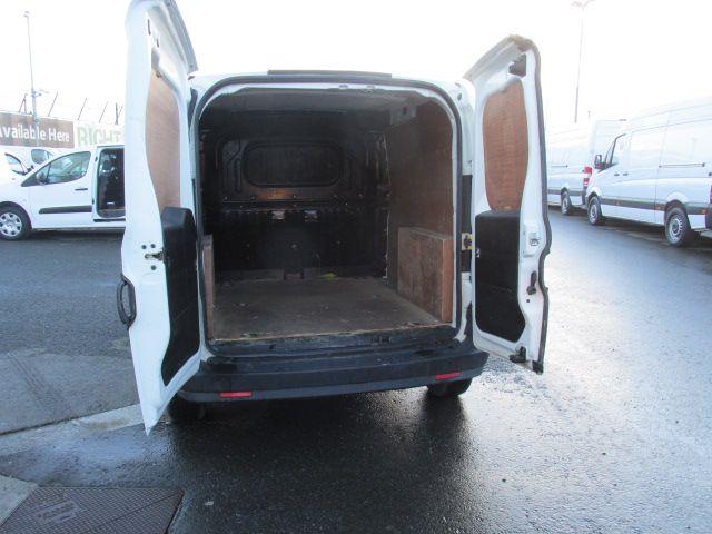 2015 Vauxhall Combo 2000 L1H1 CDTI (152D23466) Image 11